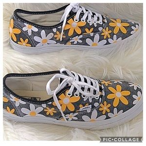 VAMS Doren Daisy Sneakers Size 8